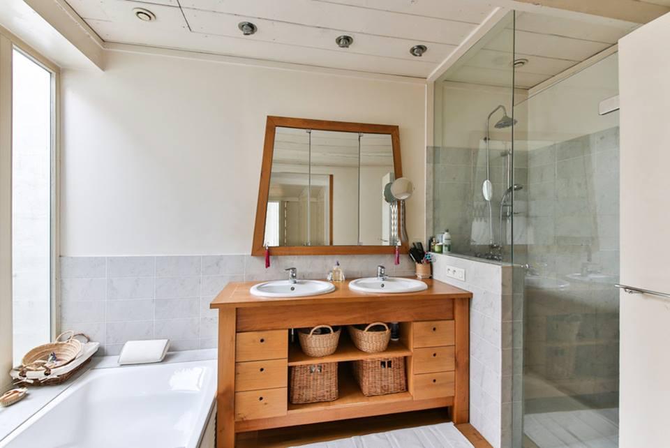 תמונת מקלחת